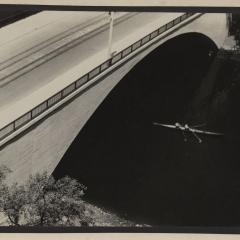 Hans Finsler (1891 - 1972), Brücke, 1929, Silbergelatine © Nachlass Hans Finsler Foto: Stiftung Dome und Schlösser in Sachsen-Anhalt