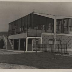 Heinrich Koch (1896 - 1934), Flughafenrestaurant, um 1930, Silbergelatine Foto: Stiftung Dome und Schlösser in Sachsen-Anhalt