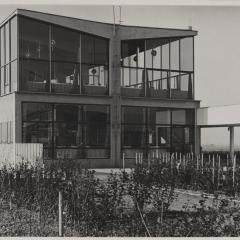 Hans Finsler (1891 - 1972), Flughafenrestaurant Flughafen Halle-Leipzig, 1931, Silbergelatine Foto: Stiftung Dome und Schlösser in Sachsen-Anhalt